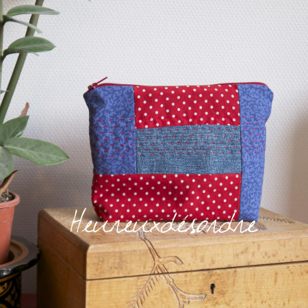 Trousse patchwork brodée main